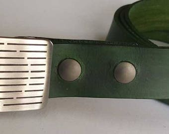 Golfer's Gift Belt Buckle SET Hand Dyed Forest Green Belt w/ Etched Golf Belt Buckle for Suits, Casual Dress, Golfing Gear, Golf Accessories