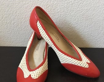 "1960s style Red and White Pumps 2"" Heel- Size 7 1/2 Naturalizer Retro Shoe - Pinup Shoe"