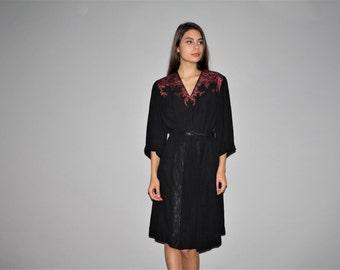 1940s Dramatic Black Lace Vintage Rayon Dress  - Vintage 1940s Dress  - Vintage 40s Dresses   - W00211