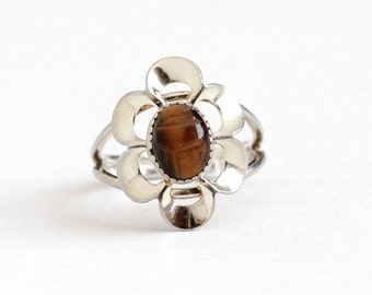 Sale - Vintage Sterling Silver Tiger's Eye Flower Scarab Ring - Retro Egyptian Revival Brown Carved Gem Beetle Adjustable Beau Jewelry