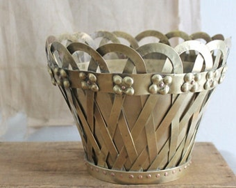 Vintage 1972 Brass Mottahedeh Two Piece Latticework Planter/Pot