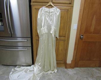 Vintage Antique 1940's Beaded Ivory Slipper Satin Wedding Bridal Gown Dress with Peplum