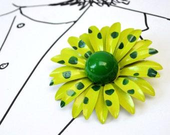 Enamel Flower Vintage Brooch - Green Dots