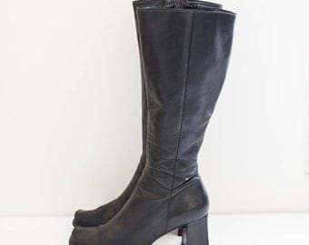 NINE WEST black leather 90's riding boots - fashion boots - knee high - women's size 8.5 M
