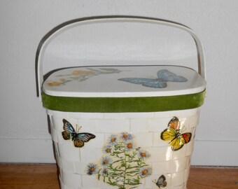 Vintage 1977 handmade wicker white & green velvet basket purse with compact