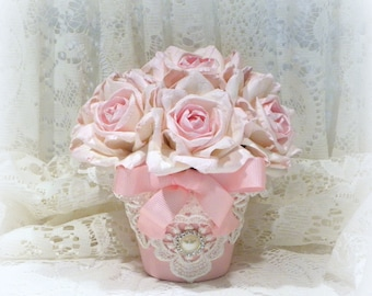 Shabby Chic Decor, Shabby Chic Flowers, Pink Roses, Rose Arrangement, Parchment Roses, Cottage Chic Decor, Pink Rose Arrangement, Roses