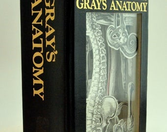Book Carving - Gray's Anatomy (1974)