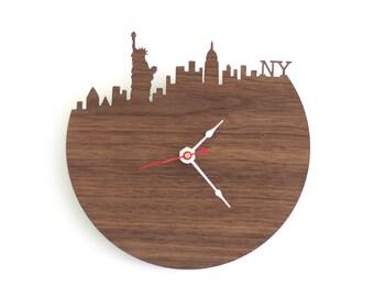 "New York Clock - 7"" Walnut SAMPLE"