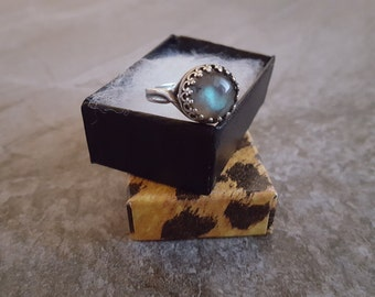 Labradorite Ring - Genuine Natural Labradorite Cabochon Ring in Antiqued Silver - Adjustable
