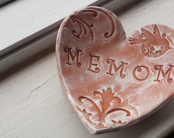 Handmade Rustic Pottery Mother's Day Rustic Heart Dish for MeMom Ring Dish Jewelry Catch, MeMom gift