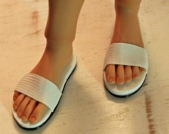 Kinsman Doll Sandals