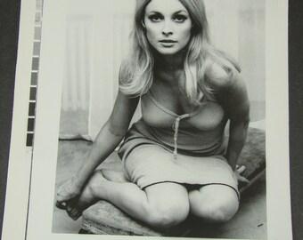Vintage Sharon Tate AP Wire Press Photo Charles Manson Family Murder Victim 1969