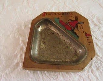 Vintage Kitsch Souvenir Ash Tray/Souvenir Desk Accessory/Indianapolis Indiana/Wood and Metal Collectible/Travel Memorabilia/Retro Decor
