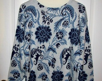 Vintage Ladies Blue & White Floral Print Pullover Sweater by Nan Dorsey Medium Only 10 USD