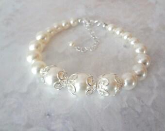Pearl bracelet, Swarovski pearl bracelet, LACEY bead caps, Brides pearl bracelet, Wedding bracelet, Extender, Graduating pearl bracelet