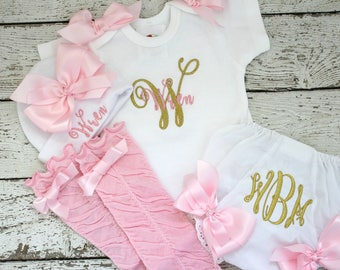 Personalized Girls Pink Gold Take Home Outfit, baby girl Name Hat,  Baby Name Gown, Newborn Girl Clothes,  Girls Coming Home Outfit, glitter
