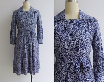 15% SALE (Code In Shop) - Vintage 70's 'Confetti Print' Blue Collared Shirt Dress with Pocket XS or S