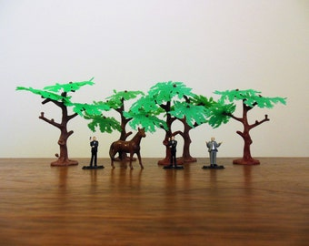 Miniature Plastic Trees Three Men and a Horse for Train Holiday Putz Fairy Garden Display Birthday Cake