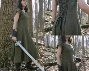 Medieval Linen Dress, Renaissance Fair - Choose Size & Color - SHIELDMAIDEN