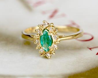 Vintage 1980s Emerald Diamond Engagement Ring, 14k Gold Halo Ring, Ballerina Ring, Emerald Anniversary Ring, Alternative Engagement Ring