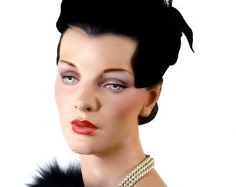 Hattie Carnegie Cocktail Hat Pillbox Black Velvet - Feather Plume and Ribbon Trim - 1950's Women's Vintage Hats and Accessories