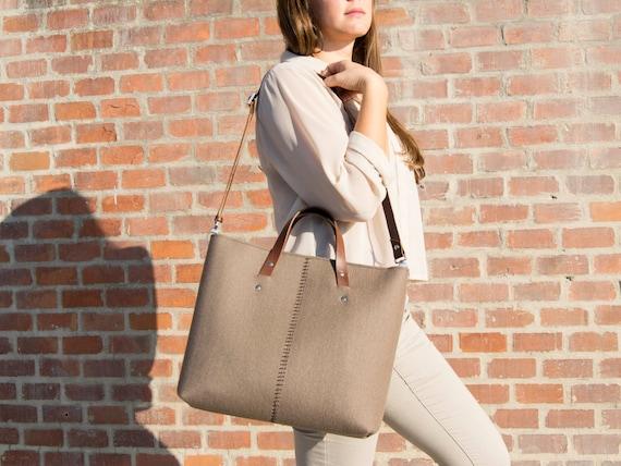 Wool felt HANDBAG / felt bag / felt women's bag / taupe bag / brown handbag / made in Italy