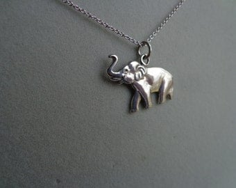 Silver Elephant pendant with chain.