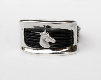 Women leather bracelet, equestrian bracelet, Horse head bracelet, Equestrian Jewelry, horse lover gift, genuine leather