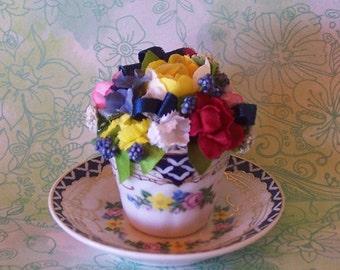 Vintage Mini Teacup Floral Arrangement with Blue Border