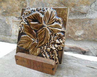 U.S. Encaustic Tiling Company High Relief Art Decorative Pottery Tile Leaf and Flower Floral Thorns Brown Majolica Reclaimed Wood Stand