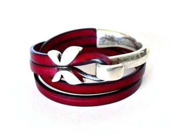 Women bracelet, wrap bracelet,  leather bracelet, boho bracelet, Ibiza style. Hook clasp, silver plated, gift for her