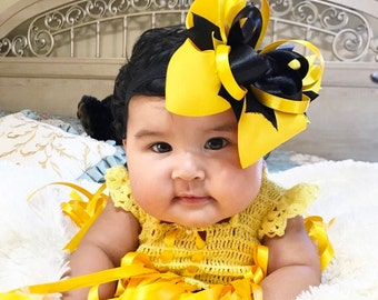 Yellow and Black Bow