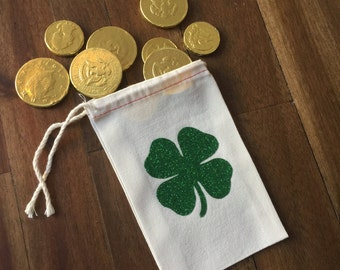 Muslin bag | party favor bag | drawstring bag | St Patrick's day favor | Shamrock favor bag | clover bag | Lucky in Love party| Lucky One