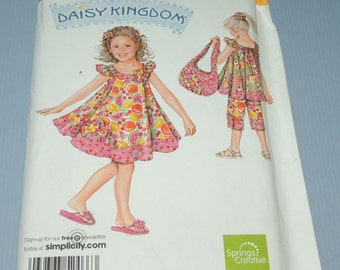 Daisy Kingdom Uncut 2 to 8 Dress , Capri Pants and Top/Dress
