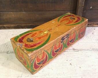 Folk Art Wood Box, Farmhouse Antique, Primitive Antique, Dove Tail Corner Joints, Colorful Stenciled Box, Vintage Wooden Box, Antique Box