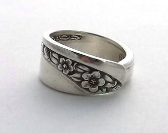 Spoon Ring Queen Mary aka Starlight Rose 1953 Eco Friendly Silverware Jewelry Handmade from old Flatware Floral Motif