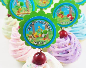 """Personalized Yoshi's Woolly World 2"""" Scallop Cupcake Toppers"""