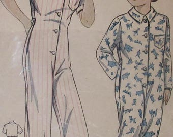 Vintage  1941  Simplicity 1561 Girl's One Piece Pajamas  Sewing Pattern Size 8