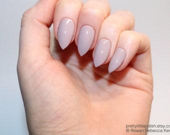 Mocha short stiletto nails, Fake nail, Stiletto nail, Kylie jenner, Black stiletto nail, Press on nail, Acrylic nail, Fake nail stiletto
