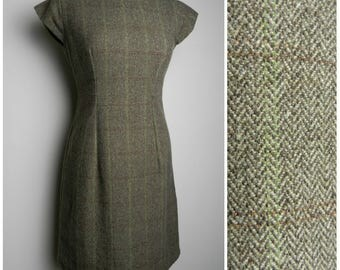 60s 70s WOOL tweed fitted cap sleeve wriggle dress checkered brown herringbone + apple green u.k. 10 - 12 M