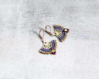 Golden Indie Earrings, Gold Filigree Earrings, Golden Fan Earrings, Oriental Jewley, Boho Earrings, Peruvian Style Earrings