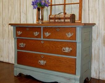 Vintage Quartersawn Oak Dresser