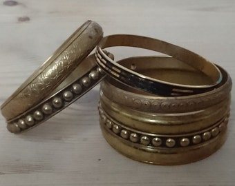 Vintage lot of five brass bangles