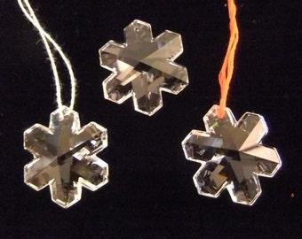 Vintage Crystal Snowflake Prism, 35 mm