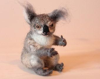 Felted koala, koala miniature, needle felted koala, koala soft sculpture, ready to ship