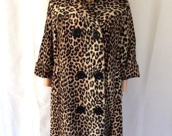 1960s Leopard Print Faux Fur Coat L