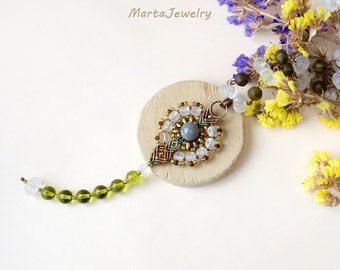 Micro-macrame necklace, macrame jewelry, glass beaded, long, layer necklace, bohemian, flower, agate gemstone, green brown, beadwork, yoga