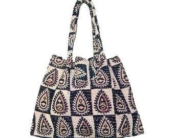 KANTHA Bag - Small - Black and beige with red motif