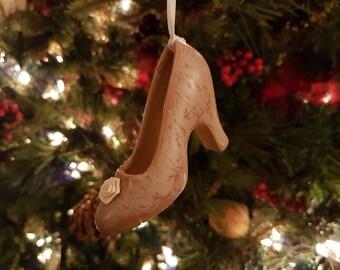 Charming 'High-Heeled Shoe' Ornament
