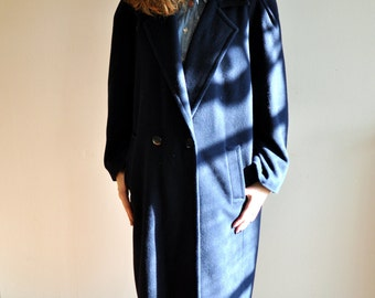 Vintage navy coat, Straight cut , long coat, Size 38